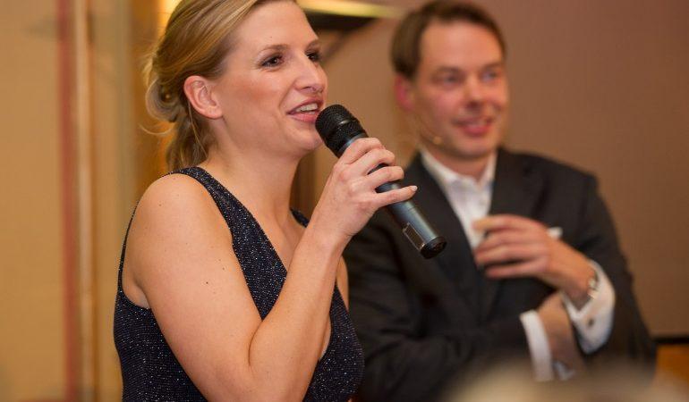 Gala für die gute Sache: Stiftung Kids&Friends im Hamburger Literaturhauscafé,